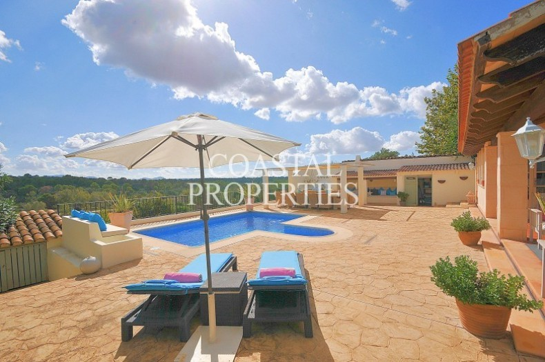 Property for Sale in Biniali near Sencelles, 4 bedroom country house with touristic holiday license Biniali, Mallorca, Spain