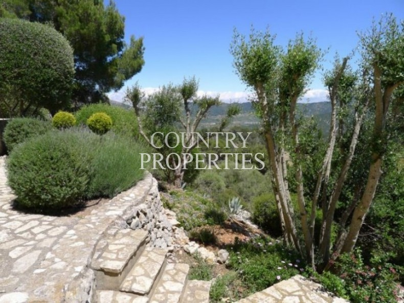 Property for Sale in Son Font, Beautiful Country Home For Sale   Son Font, Mallorca, Spain