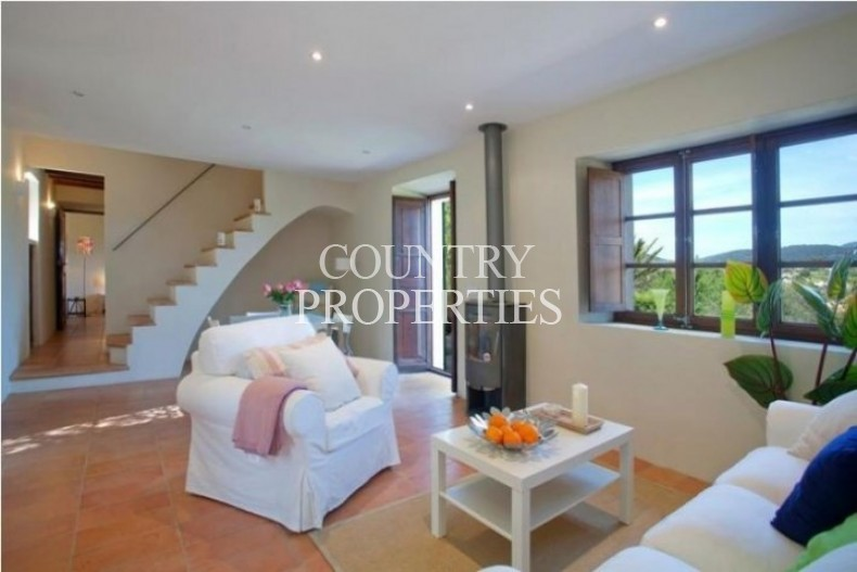 Property for Sale in Establiments, Restored Finca With Large Garden For Sale Establiments, Mallorca, Spain