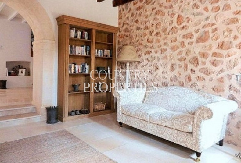 Property for Sale in Santa Maria, Country Home For Sale Near the Village In Santa Maria, Mallorca, Spain
